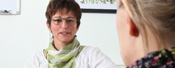 Parterapeut Odense, Ulla snakker med en person